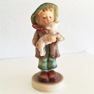 GOEBEL * THE LOST SHEEP Figurine